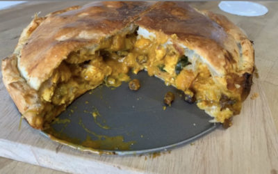 Coronation chicken pie